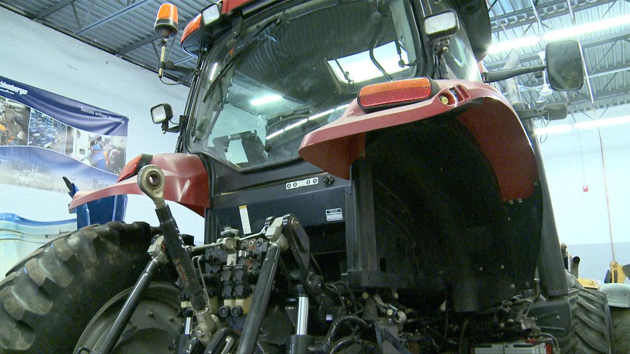 Heavy Equipment Maintenance : Lincoln tech